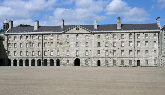 Collins Barracks (National Museum)